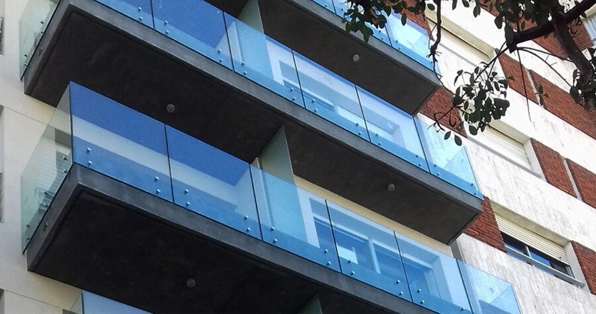 Fachada de apartamento en pozo infinity buxareo
