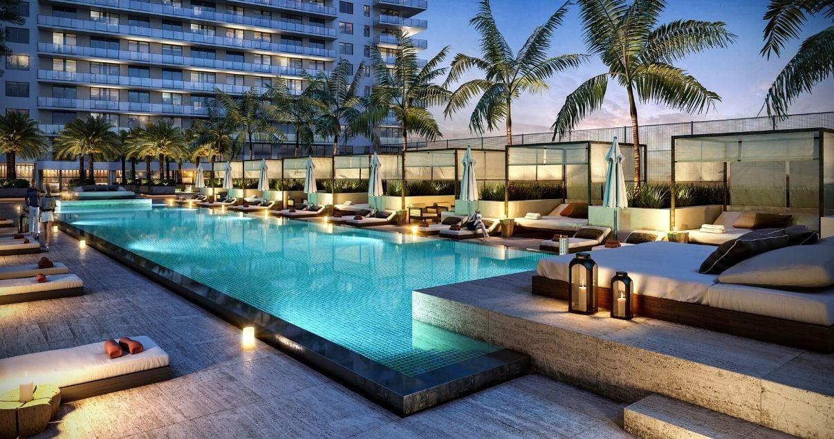 Piscina en la terraza del proyecto Isla Soñada desarrollada por estudio de arquitectos Pablo Gejer